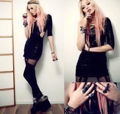 Anila ♡. - black is the new black