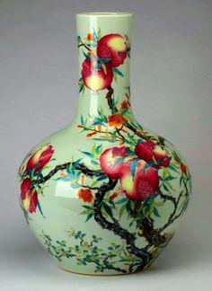 Vintage porcelain bulb planter c.mid 1900s u bonsai pot
