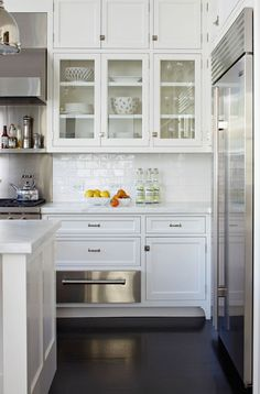 beautiful white farmhouse kitchen