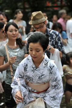 Geiko Ayano at the Mitarashi Festival, Japan (みたらし祭) .