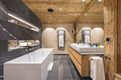 Agreable #Chalet Elbrus | Luxury Retreats | #bathroom Salle De Bain, Style De Chalet
