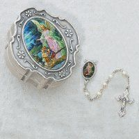 GUARD ANGEL PEARL ROSARY W/BOX