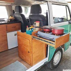 23 Amazing interior ideas from Van Life as inspiration – Camping Bus Camper, Combi Vw T2, Kombi Food Truck, Kombi Trailer, T3 Vw, Vw T5, Kombi Home, Campervan Interior, Volkswagen Bus Interior