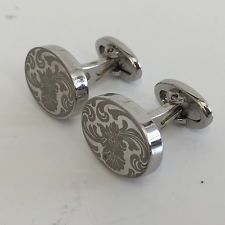 Silver tone oval textured and shiny finish heavy cufflinks with flowe... Lot 304