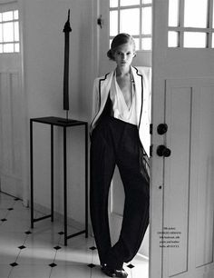 Life in Mono | Vita Sidorkina | Wee Khim #photography| L'Officiel Singapore March 2012