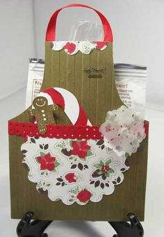 This would be so cute with a recipe for gingerbread cookies and a batch of cookies to go with it.