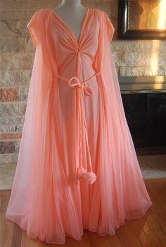 VTG Lucie Ann Clair Sandra Beverly Hills 2pc Chiffon Nightgown PEIGNOIR #lucieannClairSanndraofbeverlyHills