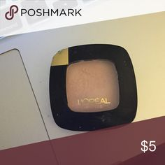 Loreal colour Riche eyeshadow 206 Mademoiselle pink, light peach pink L'Oreal Makeup Eyeshadow