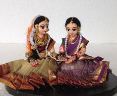 Artefakt produces Papier Mache Costume Dolls depicting Indian Culture in authentic details. Each doll is fashioned after meticulous research into the physical features of the individual character,… Rangoli Colours, Toy Story Costumes, Stylish Dress Designs, Wedding Doll, Indian Dolls, Wedding Plates, Actors Images, Indian Wedding Decorations, Wedding Advice