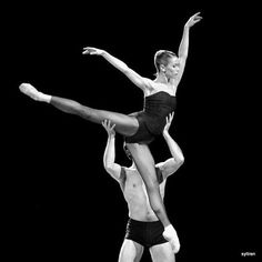 Eleonora Abbagnato et Alexis Renaud #BellaFigura #masterpiece #jirikylian #eleonoraabbagnato #alexisrenaud #operadeparis #parisoperaballet #palaisgarnier ##balletoperadeparis #ONP1617