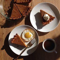 Cake Recipes, Dessert Recipes, Desserts, Dinner Recipes, Thanksgiving Recipes, Holiday Recipes, Best Pumpkin Pie Recipe, Pumpkin Cheesecake, Pie Dish