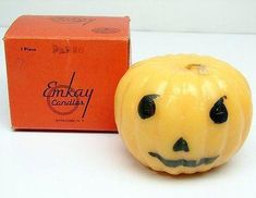Up for auction: Antique Scarce Emkay Glowing Halloween Pumpkin Candle 4 diameter Jack O Lantern. Never lit & in its original box. Early candle made by Emkay Candles, in Syracuse, N.The se Holiday Candles, Halloween Candles, Halloween Pumpkins, Vintage Fall, Vintage Holiday, Vintage Halloween, Pumpkin Candles, Halloween Season, Hallows Eve