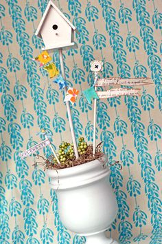 Im so in love with this!!! I need this for my spring decor! I swear, so many projects......so little time!