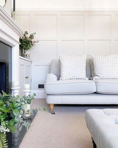 Living Room Flooring, Bedroom Flooring, Living Room Interior, Living Rooms, Outdoor Sofa, Outdoor Furniture, Neutral Colors, Colours, Ideal Home