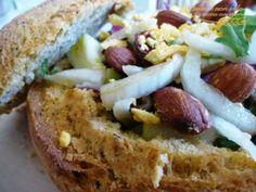 """Insalata pasquale nel pane by Giovanna Bianco dal blog """"Pasta e non solo""""  Questa ricetta appartiene al programma di affiliazione ai qual..."""
