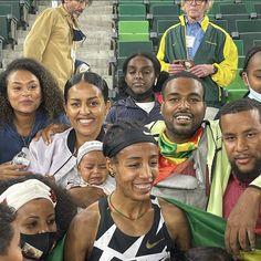 #SifanHassan #Oromo #Oromia Oromo People, Fan, Dresses, Fashion, Vestidos, Moda, Fashion Styles, Hand Fan, Dress