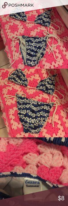 Bikini bought at at Mission Beach boutique👙 Blue and white bikini👙 hardly worn fits really nice! Swim Bikinis