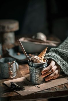 Eis - all about icecream - Ice Cream Best Food Photography, Icecream Photography, Photography Gear, Ice Cream Photos, Sorbets, Frozen Desserts, Food Pictures, Food Styling, Love Food