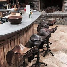 English saddle bar stools, this would be a cool thing to do with my old close co. English saddle bar stools, this would be a cool thing to do with my old close contact saddle when i decide to retire Western Style, Western Bar, Rustic Style, Country Decor, Rustic Decor, Country Homes, Vintage Decor, Country Bar, Rustic Homes