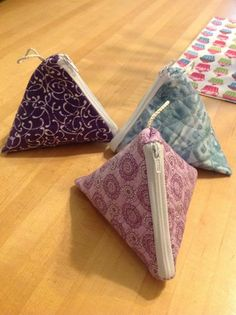 Fortune Cookie Coin Purse.    CreativeSews.com