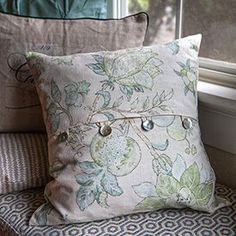 Make these pillow covers to freshen up your bedroom style. The easy envelope construction is perfect for beginners and advanced sewers alike. The tutorial will give you a step-by-step view of this cover from start to finish.
