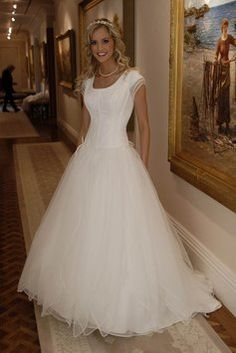 Eternity 8517 Modest Temple Ready Wedding Dress On 284 Size 10 Tourofelegancebridal Dresses