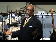 Guest speaker, Bishop T. Jakes, graces the Zion stage and blesses us with a message on letting go and taking control of your life. **Original air date: Inspirational Videos, Inspirational Thoughts, Strong Relationship, Relationship Quotes, Td Jakes Quotes, Bishop Td Jakes, Faith Messages, Sunday Worship, Just Let It Go