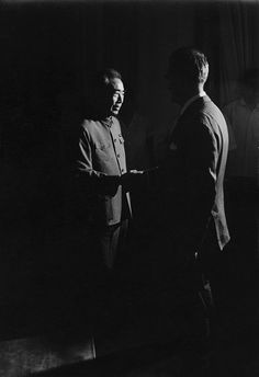 Marc Riboud - Chou En Lai avec Alain Peyrefitte, 1971