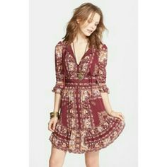 Free people bohemian floral dress Almost new! Just sitting in closet Free People Dresses Mini