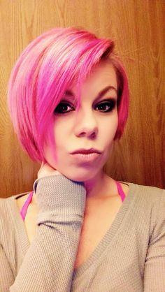 Hot pink hair short bob!! ❤️