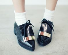 Korea Women celebrities mall [BBORAM] Century shoes / Size : 230-250 / Price : 65.66 USD #korea #fashion #style #fashionshop #apperal #celebrity #ootd #bboram #shoes #womenshoes #loafers #metalshoes #formalshoes