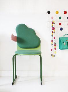 Amazing vintage chair via Varpunen, created by Yrjo Kukkapuro.    (via Varpunen: Yrjö Kukkapuro Cloud Chair, 1980)