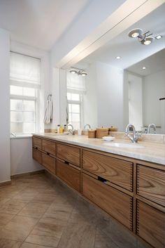 Fine skuffer til badeværelset ovenpå! Bathroom Model Hoelgaard - Garde Hvalsøe ● Thought and Wood