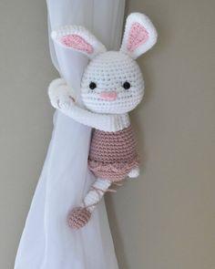 Bonita Fermatenda tenda di Bunny ballerina crochet PATTERN | Etsy Crochet Elephant, Crochet Bunny, Crochet Home, Easy Crochet, Crochet Patterns Amigurumi, Amigurumi Doll, Magic Ring Crochet, Crochet Curtains, Single Crochet Stitch