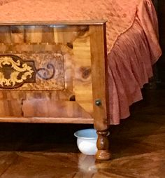 Hope Chest, Storage Chest, Nice, Furniture, Home Decor, Decoration Home, Room Decor, Home Furnishings, Nice France