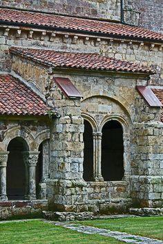 Colegiata de Santa Juliana. Claustro. Santillana del Mar. Cantabria. Spain.