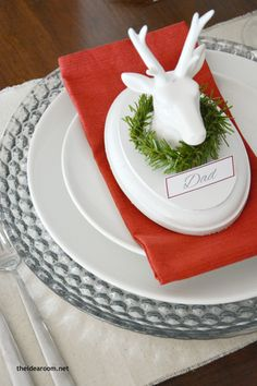 DIY Christmas Decorations | How adorable is this Christmas table setting from The Idea Room?