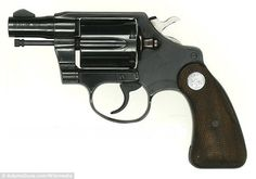 Colt Detective Special: From a class of firearms known to gun enthusiasts as snubnosed, snubbies, or belly guns. Bushcraft, Smith And Wesson Revolvers, Police Story, 38 Special, Police Detective, Home Defense, Survival Equipment, Survival Kit, Guns And Ammo