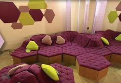 Muebles reciclados de cartón ondulado