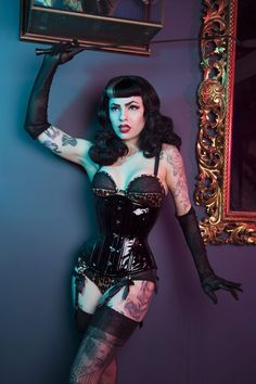 Retro Lingerie, Lingerie Models, Underbust Corset, Sexy Corset, Bettie Page, Up Girl, Goth Girls, Pin Up, Vintage Fashion