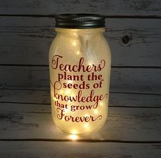 Simply click the link to find out more DIY Christmas Projects Mason Jars, Mason Jar Gifts, Teacher Appreciation Gifts, Teacher Gifts, Teacher Sayings, Diy Gifts To Make, Teacher Christmas Gifts, Xmas Gifts, Teacher Valentine
