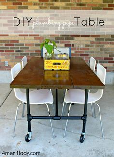 DIY Plumbing Pipe Table Tutorial.  Made all with supplies from Home Depot.  4men1lady.com