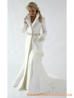 Romantic White Long Sleeves Winter Satin Bridal Gowns