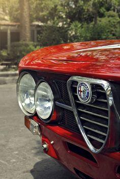 Alfa Romeo's Sports Sedan is a Future Classic: HagertyThe 2017 Alfa Romeo Giulia Quadrifoglio has Alfa Romeo 1750, Alfa Romeo Gta, Alfa Romeo Spider, Luxury Car Logos, New Luxury Cars, Small Luxury Cars, Alfa Bertone, Alfa Alfa, Alfa Cars