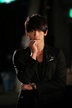 Jung Ji Hoon - Bi Rain
