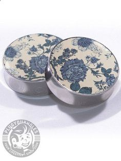 Vintage Floral Plugs, I am a sucker for plugs with patterns! They just pop! These are beautiful