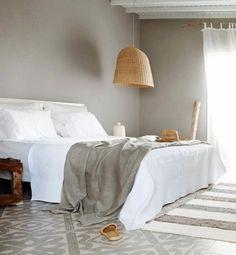 How to mix prints & patterns at home - White-on-White | Gallery | Glo
