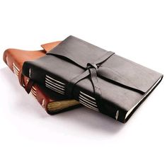 Leather Bound Travel Journal by Rustico Leather. WANT!