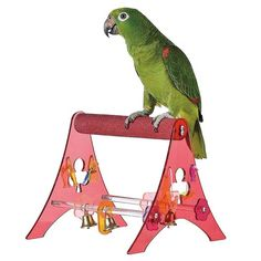 Sanded Nail Trimming Tabletop Parrot Stand - Medium A portable nail trimming parrot stand.