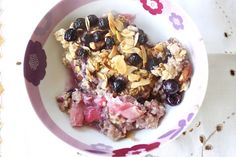 Nutmegs, seven: Rhubarb, blueberry and almond baked oatmeal
